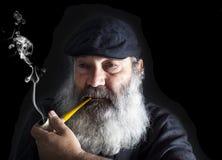 Portrait supérieur avec la barbe blanche et le tuyau Images libres de droits
