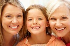 Portrait sur plusieurs générations de famille Photos libres de droits
