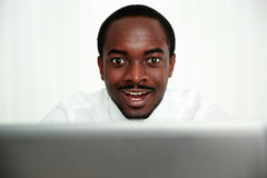 Portrait of a surprised african man Royalty Free Stock Images