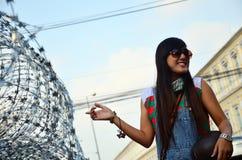 Portrait thaïlandais de femme avec le barbelé pour la défense Images libres de droits