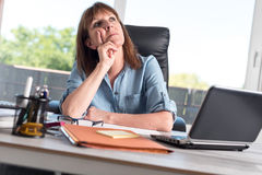 Portrait of thoughtful businesswoman Royalty Free Stock Images