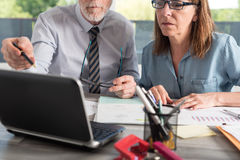 Portrait of two business people working together Royalty Free Stock Images