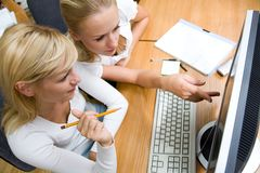 Portrait  two working  businesswomans Royalty Free Stock Photography