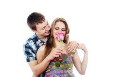 Portrait un type dans l'amour avec une fille Image stock