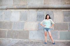 Portrait urbain d'une femme photographie stock