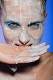 Portrait vertical de femme avec des peintures Images libres de droits
