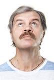 Portrait von fälligen Mann oben schauen trennte Lizenzfreie Stockfotografie