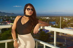 Portrait of woman in sunglasses Royalty Free Stock Photography