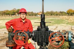 Worker at Oil Well Royalty Free Stock Photography