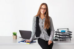 Portrait of young beautiful business woman. Royalty Free Stock Photos
