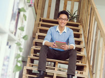Portrait of young businessman in casual Royalty Free Stock Photos