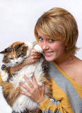 Portrait of young girl with cat Royalty Free Stock Photos