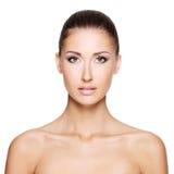 Portraite piękna kobieta z zdrową naturalną twarzą obrazy royalty free