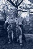 Portrat preto e branco da mulher de velhice foto de stock royalty free