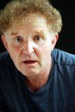 Portretów blondynów mężczyzna zdziwiony wyrażenie Zdjęcia Stock