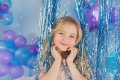 Portret Ładna blondynki mała dziewczynka z kolorem szybko się zwiększać Zdjęcie Royalty Free