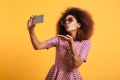 Portret ładna młoda afro amerykańska kobieta Obraz Stock
