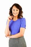 Portret ładna młoda bizneswoman pozycja na bielu obraz royalty free