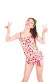 Portret ładna młoda brunetki kobieta w kolorowych piżamach Obrazy Stock