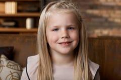 Portret śliczny szczęśliwy dziecko fotografia royalty free