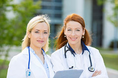 Portret żeńscy opieka zdrowotna profesjonaliści, pielęgniarki Obrazy Royalty Free