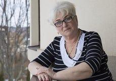 Portret красивой старшей женщины стоковая фотография rf