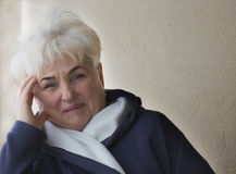 Portret красивой старшей женщины стоковое фото rf