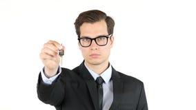 Portret agent nieruchomości lub biznesmen daje kluczom, sukces, samochód Zdjęcia Stock