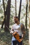 Portret agresywny mięśniowy męski lumberjack Fotografia Stock