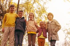Portret ampuły grupy dzieci zdjęcia royalty free
