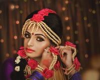 Portret atrakcyjna indyjska Hinduska panna m?oda fotografia royalty free