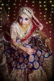 Portret atrakcyjna indyjska Hinduska panna m?oda obraz stock