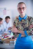Portret atrakcyjny żeński projektant w biurze projektant kobieta Fotografia Stock