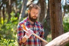 Portret atrakcyjny młody lumberjack zdjęcie royalty free