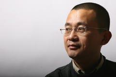 portret Aziatische medio-volwassen mens Stock Afbeeldingen