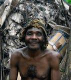 Portret Baka pigmeja plemienia szef w Dja rezerwie, Cameroon Zdjęcia Royalty Free