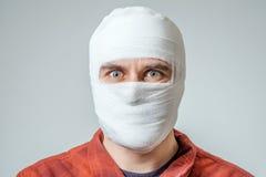 Portret bandażujący up mężczyzna Fotografia Royalty Free