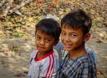 Portret Birmańskie chłopiec przy wioską Zdjęcie Royalty Free