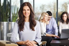 portret bizneswomanu się uśmiecha Fotografia Stock