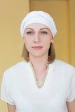Portret blondynka w odziewa dla joga Fotografia Stock