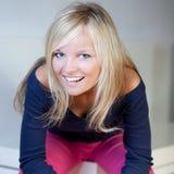 Portret blondynki piękna młoda kobieta Zdjęcia Royalty Free