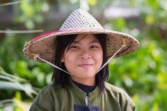 Portret burmese dziewczyna w miejscowego rynku Ngapali, Myanmar, Birma Zdjęcia Stock