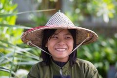 Portret burmese dziewczyna w miejscowego rynku Ngapali, Myanmar, Birma Obrazy Royalty Free