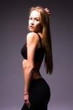 Portret czułość, gracja, melodia i klingeryt gimnastyczna dziewczyna, Zdjęcia Royalty Free