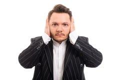 Portret die van de bedrijfsmens oren zoals doof concept behandelen royalty-vrije stock afbeeldingen