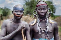 Portret dwa mężczyzna od Mursi plemienia Zdjęcia Royalty Free