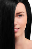Portret dziewczyna z czarni włosy na białym tle zdjęcia stock