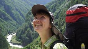 Portret dziewczyna z plecakiem zbiory