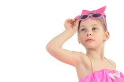 Portret dziewczyna z szkieł przyglądającym up wyobrażeniem troszkę Obraz Stock