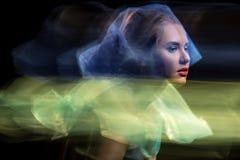 Portret dziewczyny model w studiu, brać z zdjęcia stock